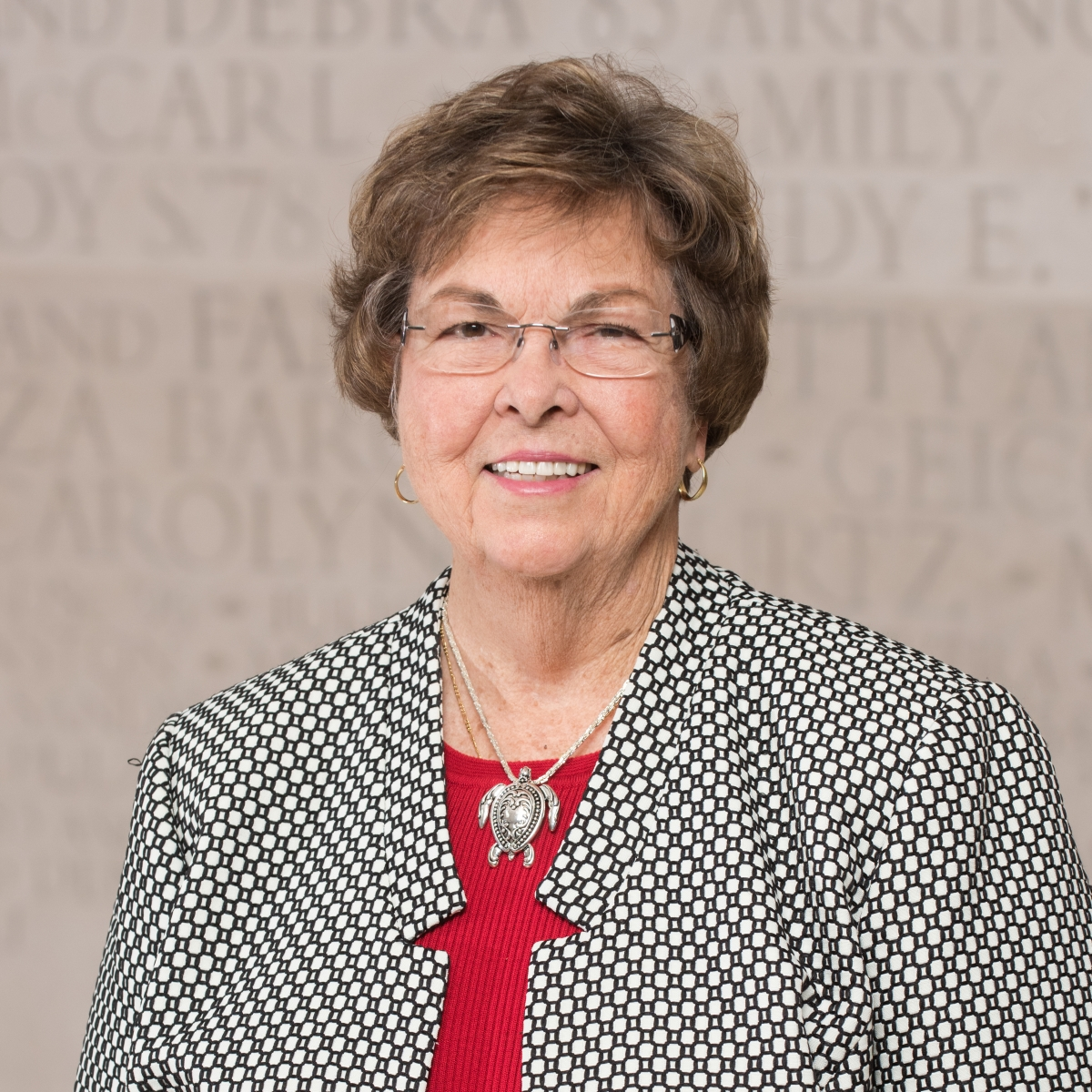 J. Linda Williams '77